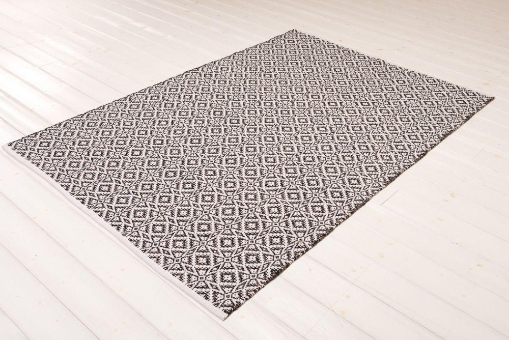 Loop Schwarz 160 x 230 cm