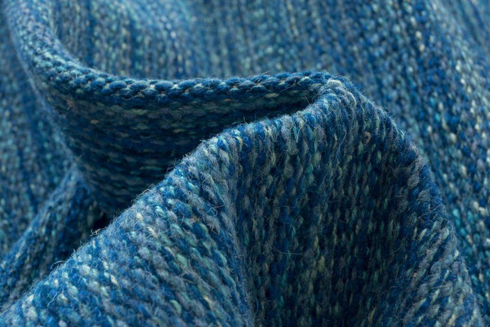 Sindra Blau 170x240