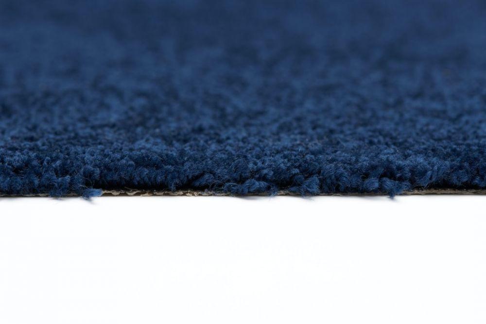 Unique Blau