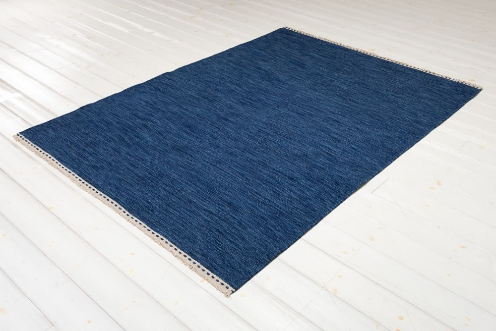 Olivia Blue 200x300