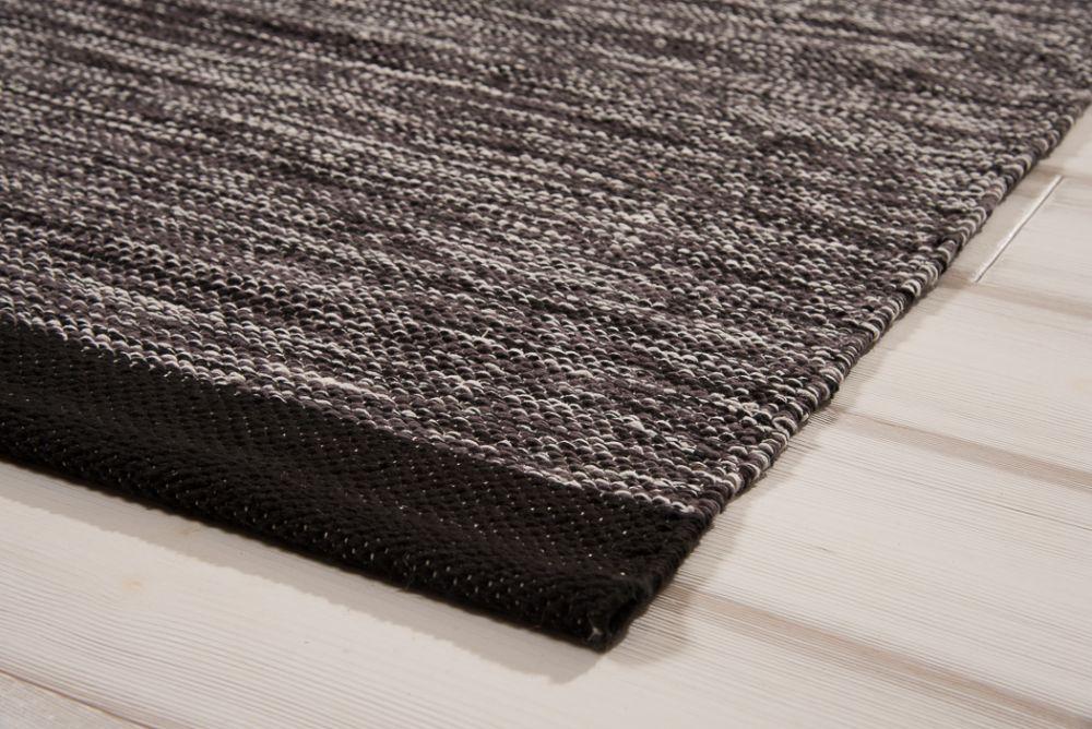 Heby Schwarz-Weiß 135x190